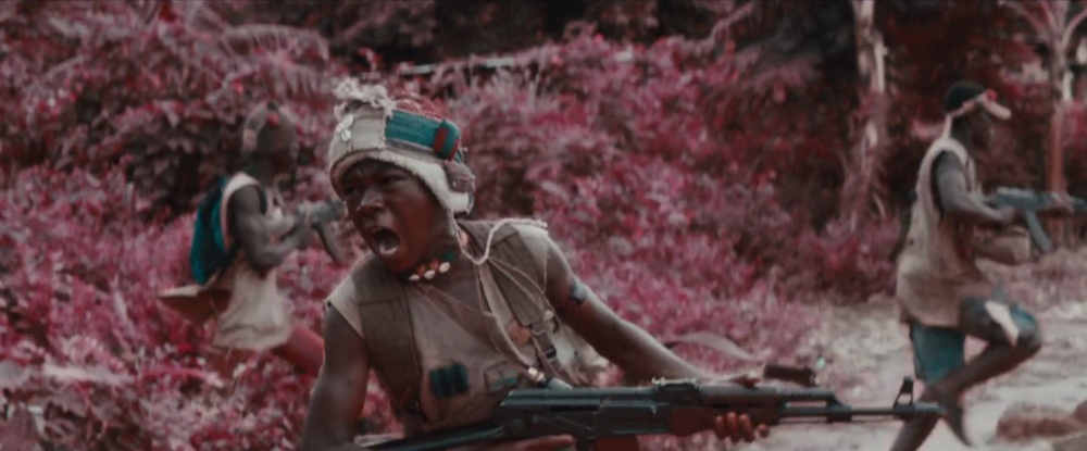 abraham-attah-dans-beasts-of-no-nation-de-cary-joji-fukunaga
